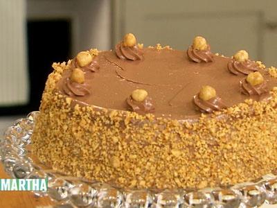 Hazelnut Cake with Praline and Milk Chocolate Buttercream Frosting ...