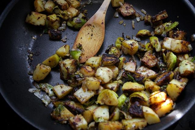 Brussels Sprout-Potato Hash | Vegtastic | Pinterest