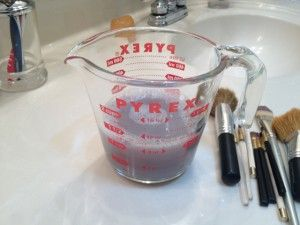 Brush Cleaner on Diy Makeup Brush Cleaner   Great Ideas And Gadgets