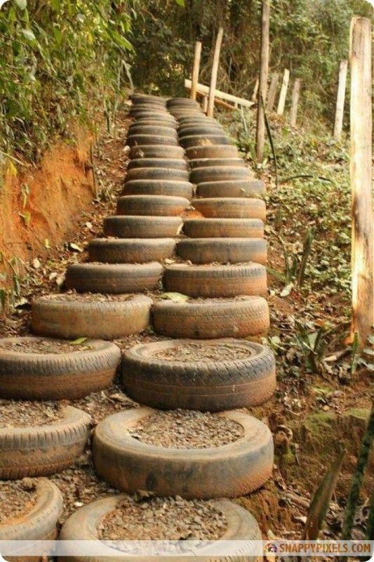 Diy old tire projects 1 garden paths edging pinterest - Diy projects using old tires ...