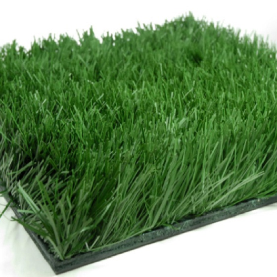 Grass Mat for under cake stand. save-on-crafts.com