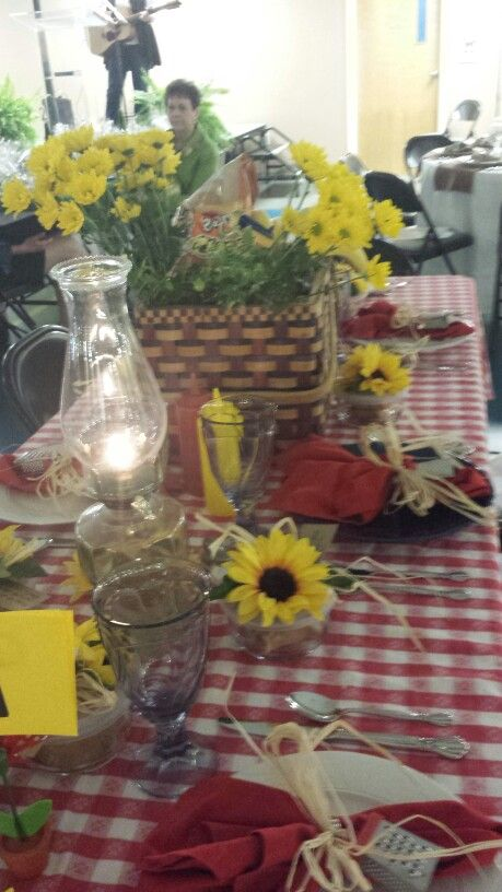 Picnic Table Theme Centerpieces And Table Decor Pinterest