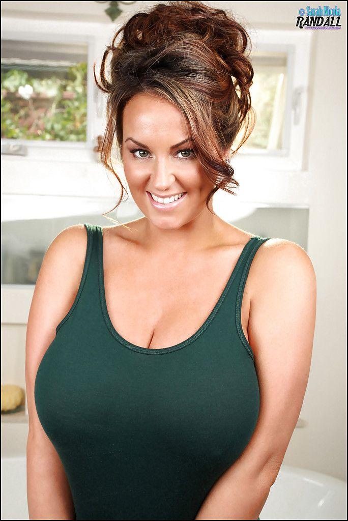 Magnificent Latina slut Sarah Nicola Randall makes her huge tits bounce № 263692  скачать