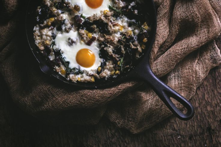 Savory Baked Oatmeal Skillet with Spinach & Bacon