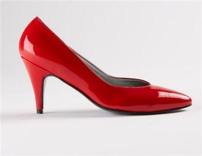women shoe conversion - Goodbye! http://www.dressingcross.com/Jasmine