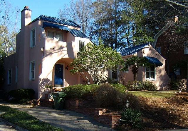 Rózsaszínű ház: