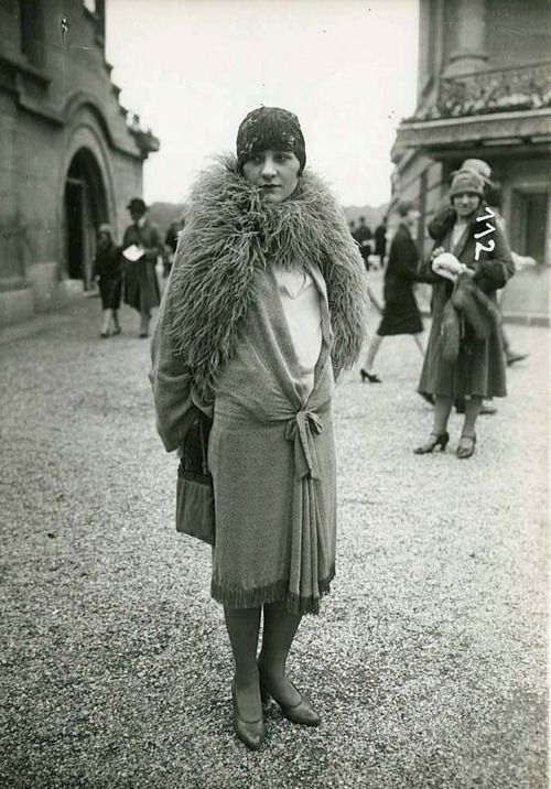 flapper with boa | 1920's Fashion | Pinterest