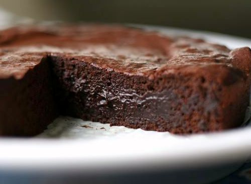 Vegan Flourless Chocolate Cake | Delectable Desserts | Pinterest