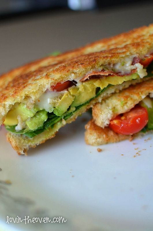 BLT Sandwich with Avocado. | Cocinar | Pinterest