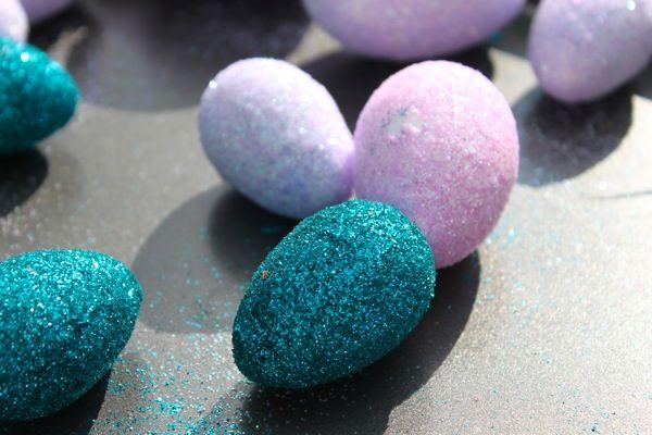 Glittered Easter eggs | easter | Pinterest