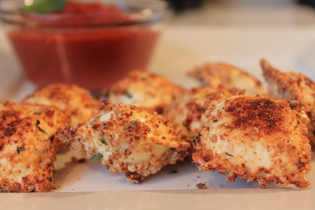 Toasted Ravioli with Marinara Dipping Sauce