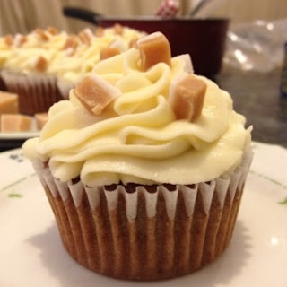 SophieLikesCake: Sticky date toffee cupcakes