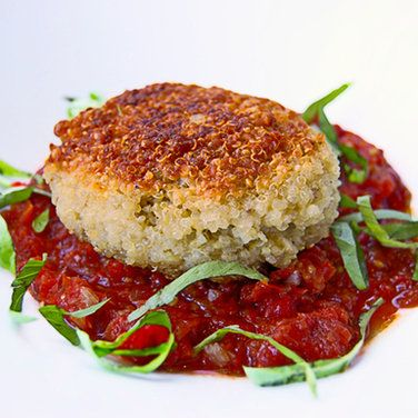 Quinoa patties stuffed with goat cheese and mushrooms | Recipe