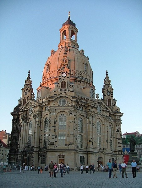 an overview of dresden a beautiful city We have great deals on all inclusive dresden holidays at dresden is fascinating and beautiful city with once you have a good overview of the city.