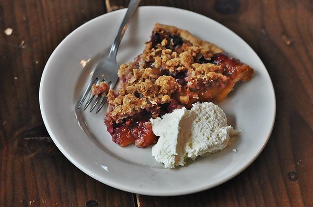 Raspberry Peach Crumble at Four & Twenty Blackbirds
