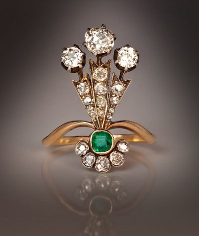 A Belle Epoque Plume-Shaped Ladies Ring  This unusual antique ring was hand crafted in St Petersburg around 1890.