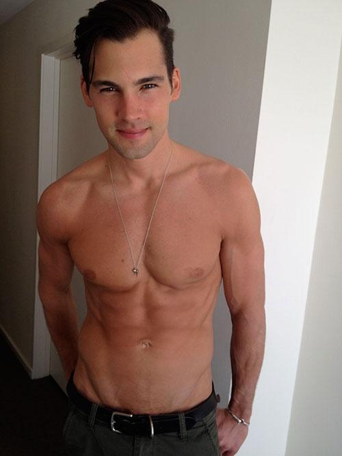 Mitch Grassi Boyfriend Ryan Vigilant | Yumm.....