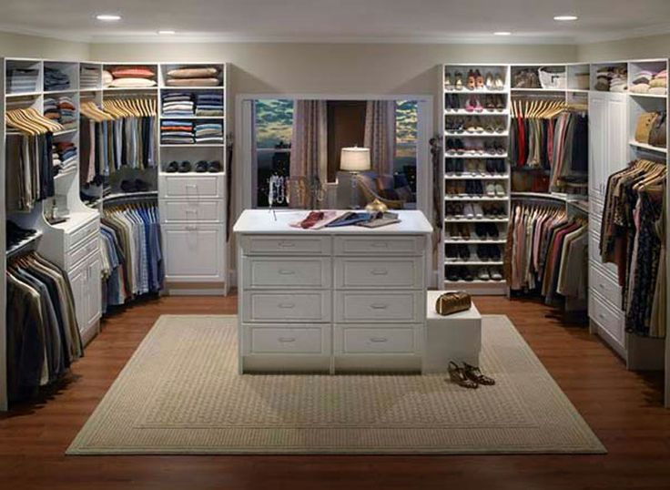 Pin by kathy pringle on laundry room walk in closet for Amazing closets