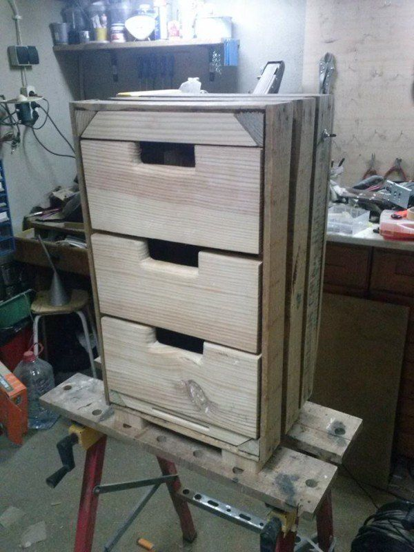 3 drawers cabinet made out of pallets pallets 6 - Cupboards made from pallets ...