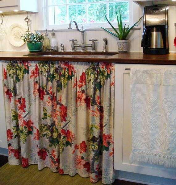 Vintage Kitchen Sink And Curtain
