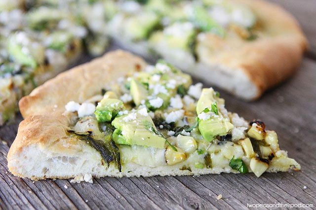 Charred Corn & Avocado Pizza I used chihuahua cheese and added some ...