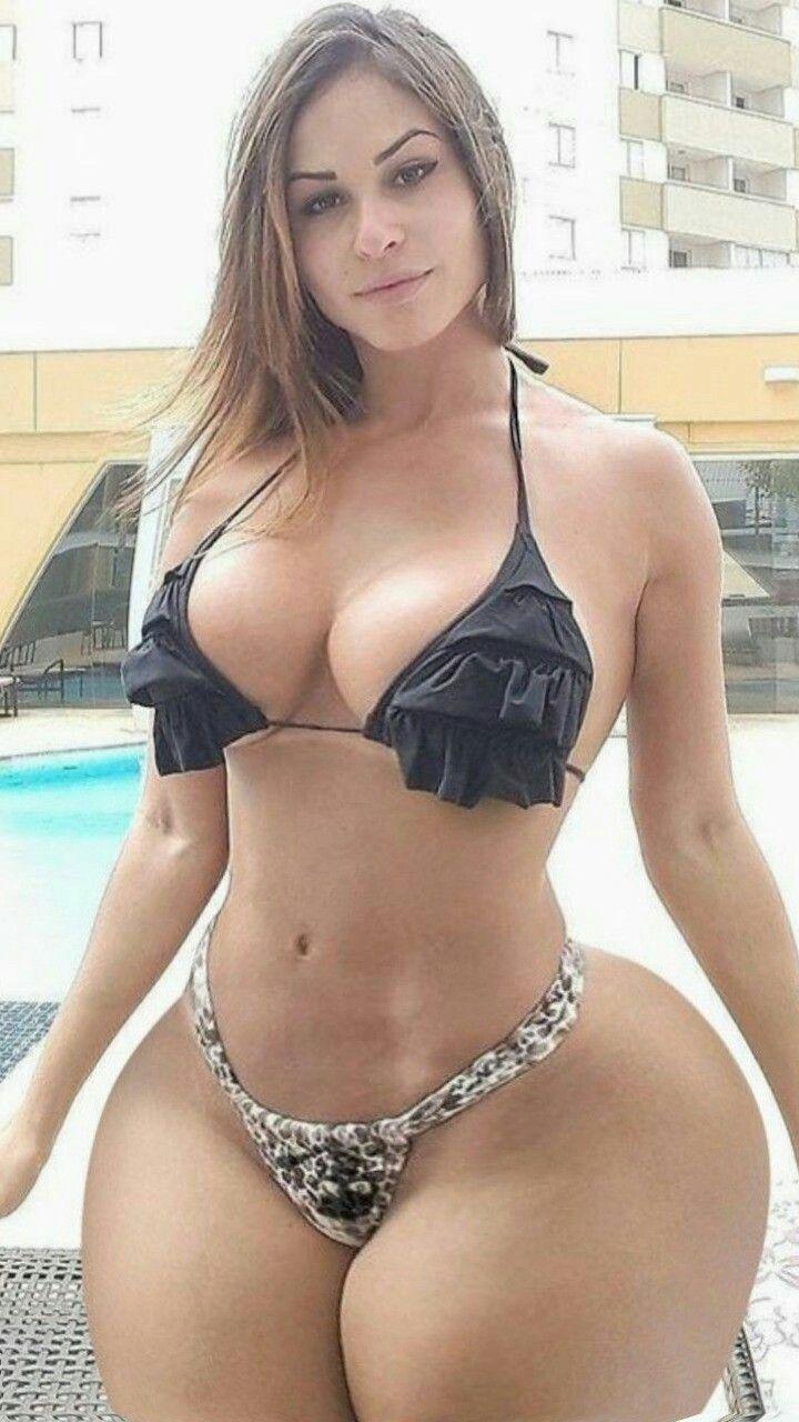 Naked blonde big boobs