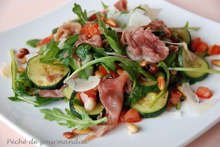 Zucchini salad with ham and pine nuts | Food - Salads | Pinterest