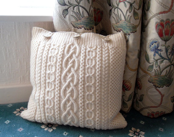 Small Cream Cushion / Pillow Throw . Knit in 100% wool cable cover wi?