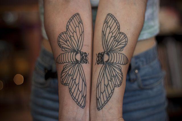 cicada tattoo the image kid has it. Black Bedroom Furniture Sets. Home Design Ideas