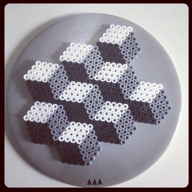 Geometric hama perler bead design by 1nouveauregard