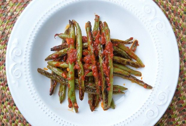 The best green beans I ever ate - Charred Green Beans with Harissa
