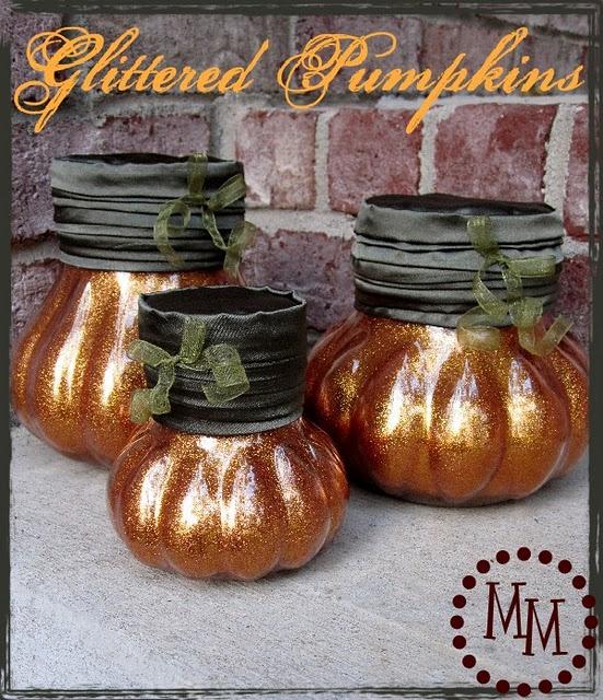 Adorable glittered pumpkin jars @Michele @ The Scrap Shoppe. So cute!! #pumpkin #jar