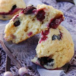 Buttermilk Blueberry Scones...delicious for breakfast! [scroll down ...