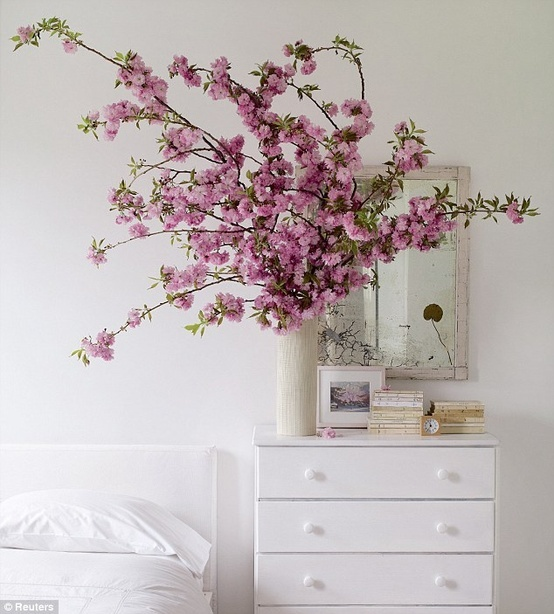 Beautiful Bedroom With Flowers : ... -special-Give-home-flower-power  Beautiful Bedroom  Pinter