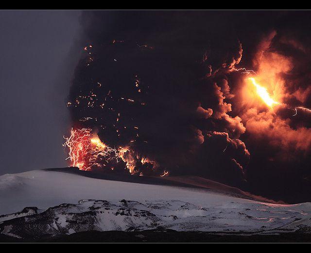Armageddon - Eyjfjallajökull Eruption, via Flickr.