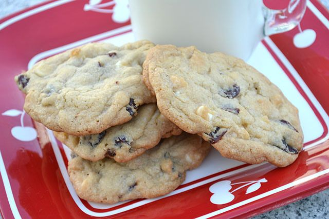Cherry White Chocolate Chip Cookies | Food Fun! | Pinterest