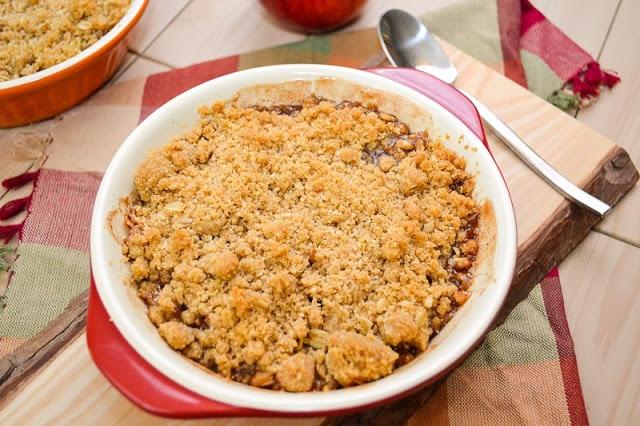Apple Crisp for 2! | Devilish Desserts | Pinterest