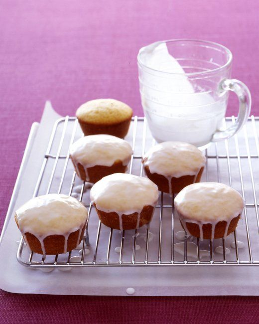 Glazed Lemon Cakes- I made a super mini version of this recipe today ...
