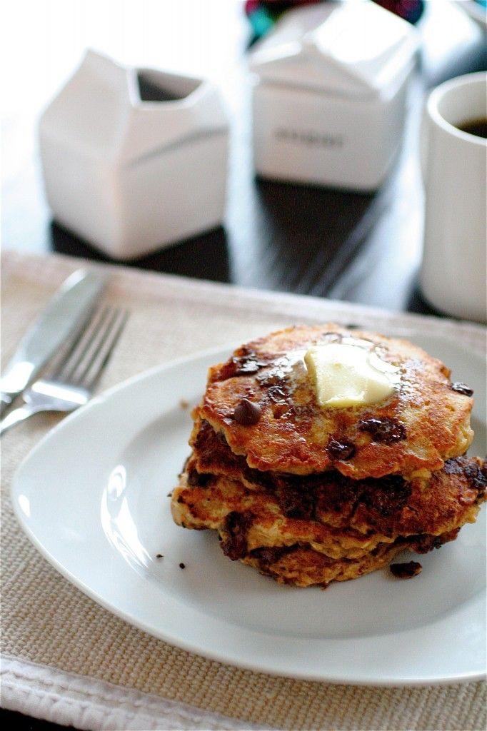 Chip Oatmeal Cookie Pancakes | The Curvy Carrot Chocolate Chip Oatmeal ...