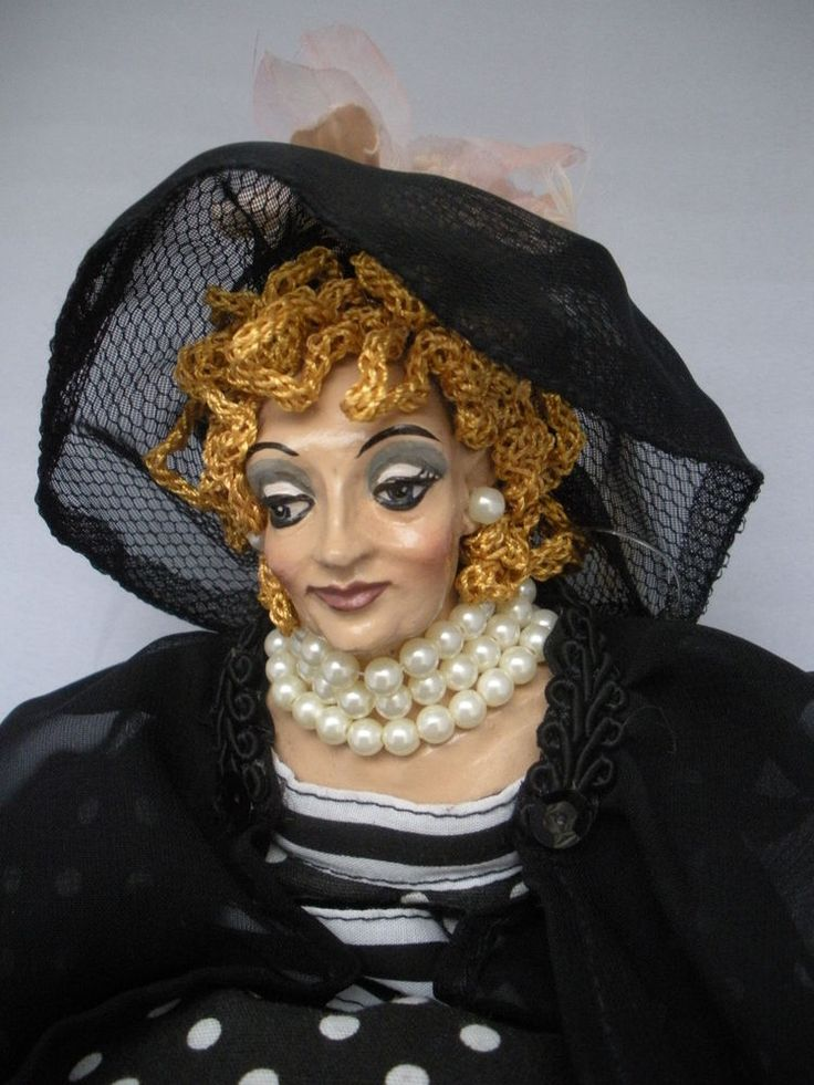 Doll katherine s collection 15 quot tall polka dots amp pearls nice cond