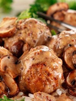 Quorn Italian-Meatballs-with-mushroom-sauce