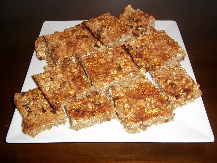 Ingredient Banana Oat Bars~ 2 Bananas, 2 cups Oats, 1/4 cup Dates ...