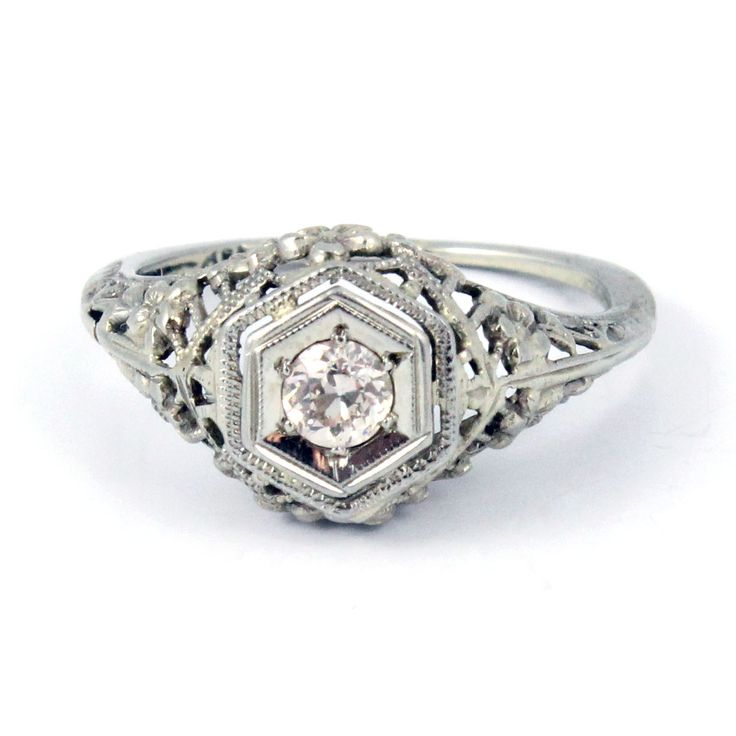 18K Antique Art Deco 1920s Diamond Filigree Engagement Ring