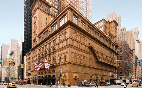 El magno Carnegie Hall en 57th St. y Seventh Avenue, Manhattan.