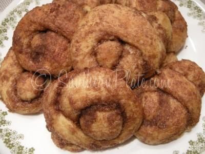 Cinnamon Love Knots – Take Pride In Your Laziness!