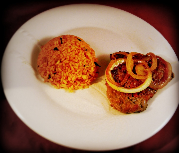 The Self-Taught Cook™: Bistec Con Cebollas (Cubed Steak with Onions)