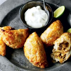 Chicken curry puffs recipe. Based on a well-loved Thai recipe, these ...