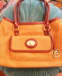 thrift shopping for handbags :) | Fashionspiration | Pinterest