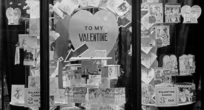 shop window valentine's day