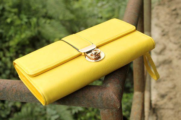 pochette gialla, clutch gialla, yellow clutch, borsa gialla, borsa